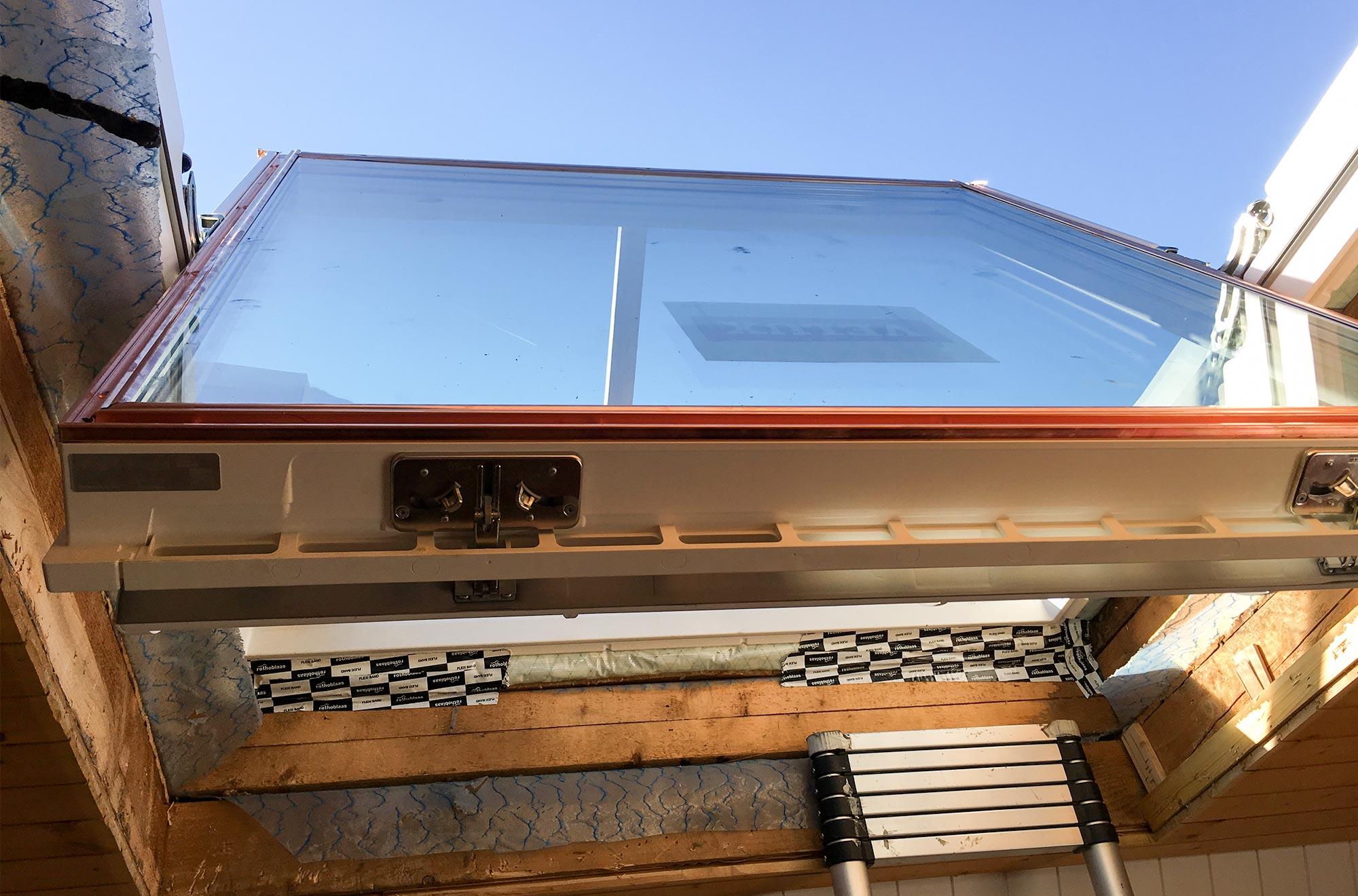 dachfenster austauschen graessli holzbau gmbh. Black Bedroom Furniture Sets. Home Design Ideas